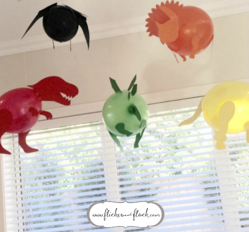 Amazing dinosaur party balloons with free SVG template file!